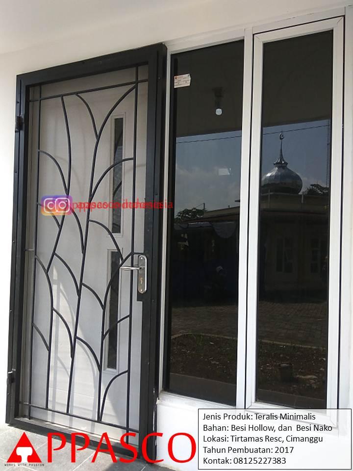 Pintu Teralis Besi di Cimanggu