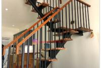 tangga besi dan kayu model minimalis cantik
