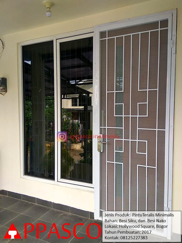 Pintu Teralis Minimalis di Hollywood Square Bogor