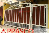 Pagar Minimalis Modern Klasik Kayu di Regata Bintaro