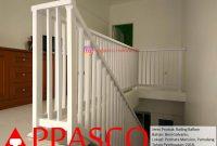 Railing Tangga Minimalis Putih Cantik Simpel di Permata Mansion Pamulang