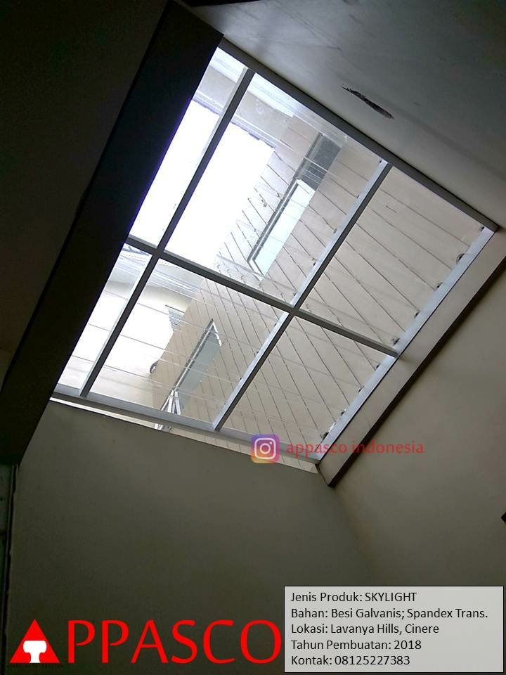 Skylight Transparan di Lavanya Hills Cinere