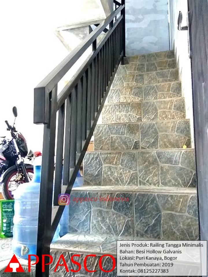 Railing Tangga Minimalis Besi Galvanis di Puri Kinaya Bogor